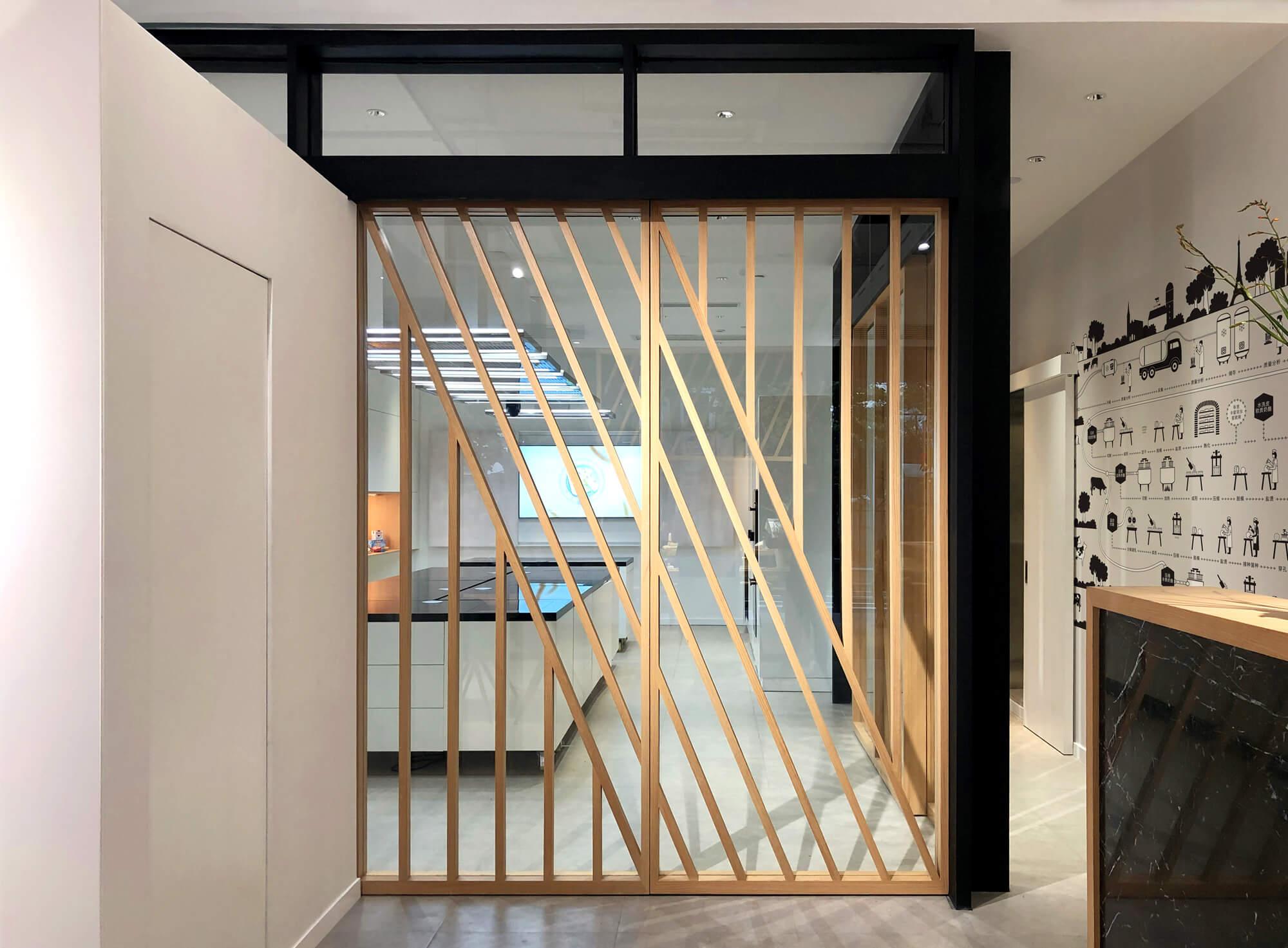 la-cremerie-shanghai-retail-design-furniture-cloison-ichetkar