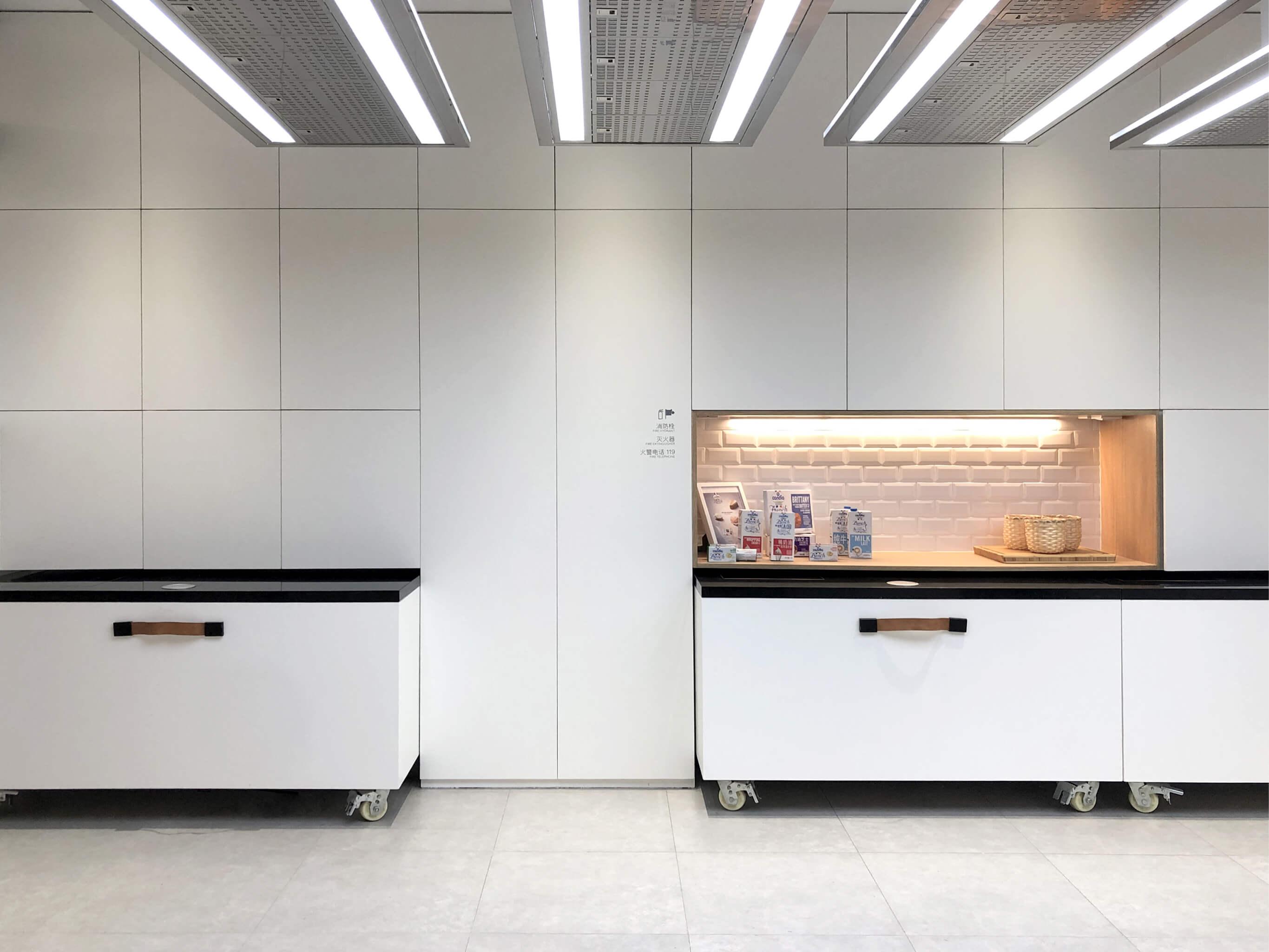 la-cremerie-mobilier-ilot-design-ichetkar53