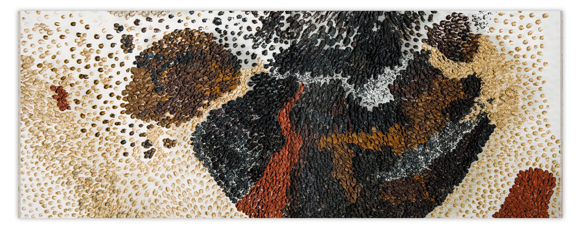 double page de détail d'une peintures sur gaze de Daniela Busarello, design IchetKar