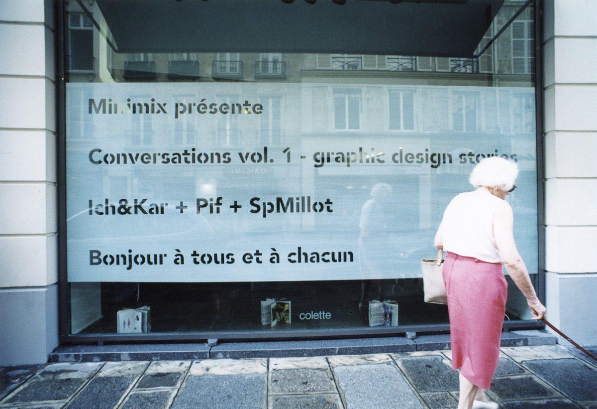 Vitrine du concept store colette pour le lancement du livre Conversation avec IchetKar Pif et Sp millot