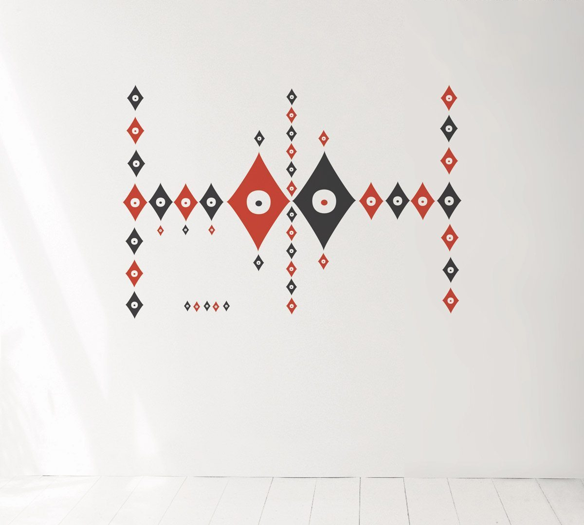 Wallsticker Rami, le motif Pokerface sur votre mur, design IchetKar, édition Domestic