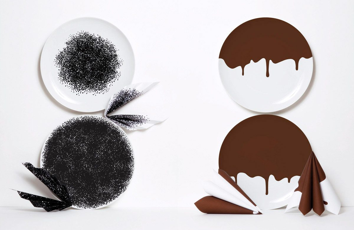 Couple d'assiettes gourmandes en porcelaine, caviar et chocolate, design IchetKar edition Domestic