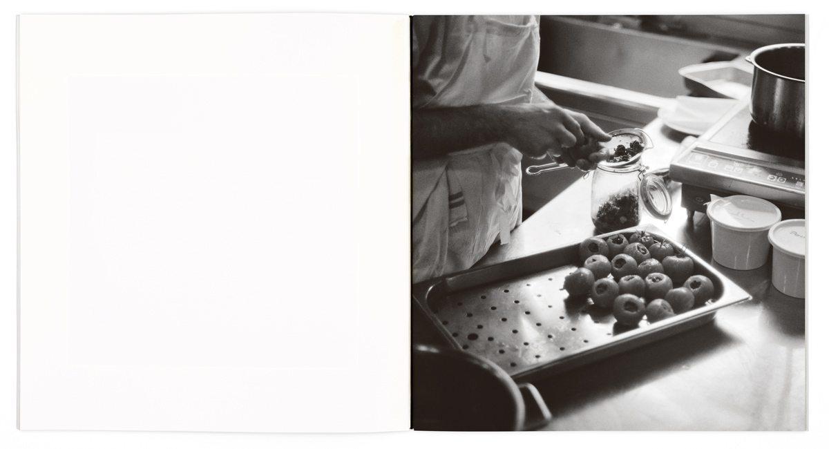 En ouverture des menus Troisgros, une photographie de Bernard Plossu