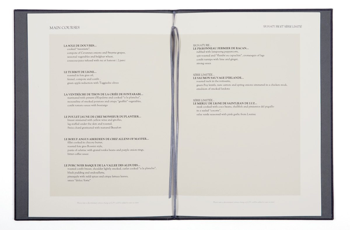 Helene-Darroze-at-Connaught_menu-interieur