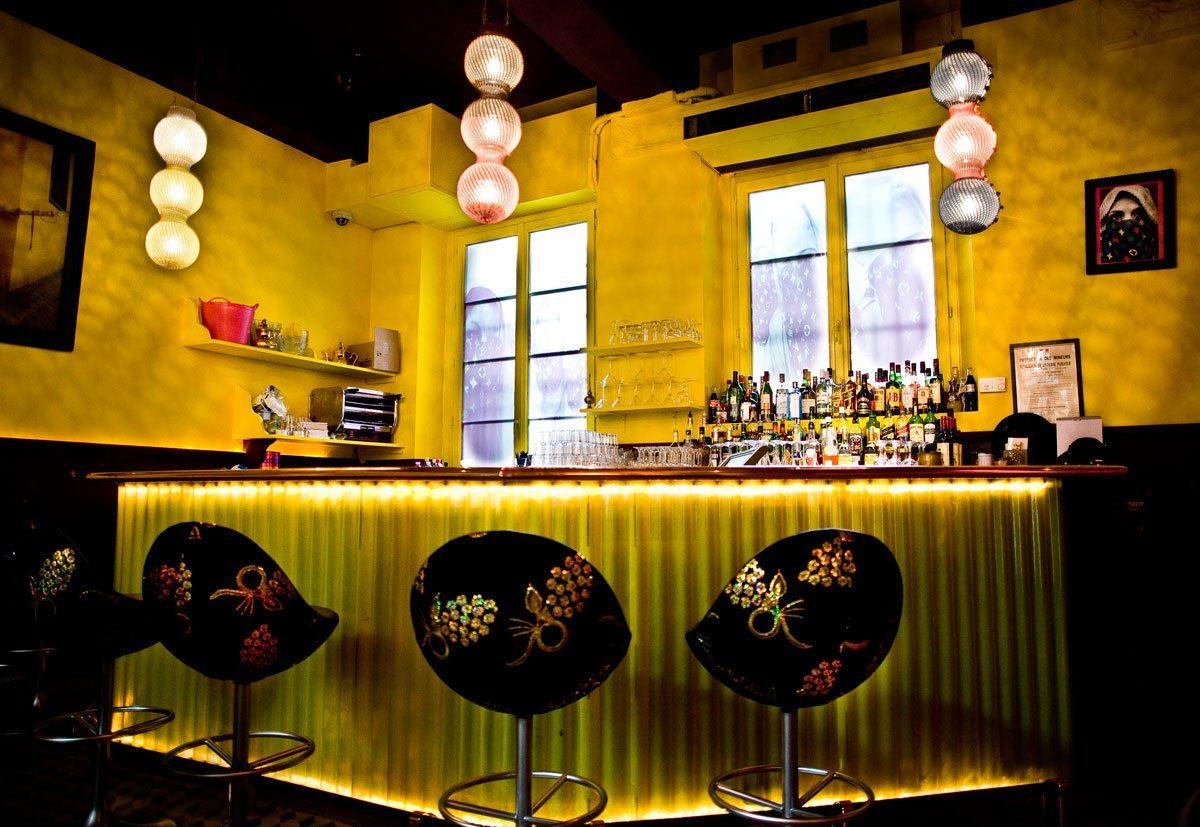 andy wahloo bar 2009, jaune eclatant bar pop rebel