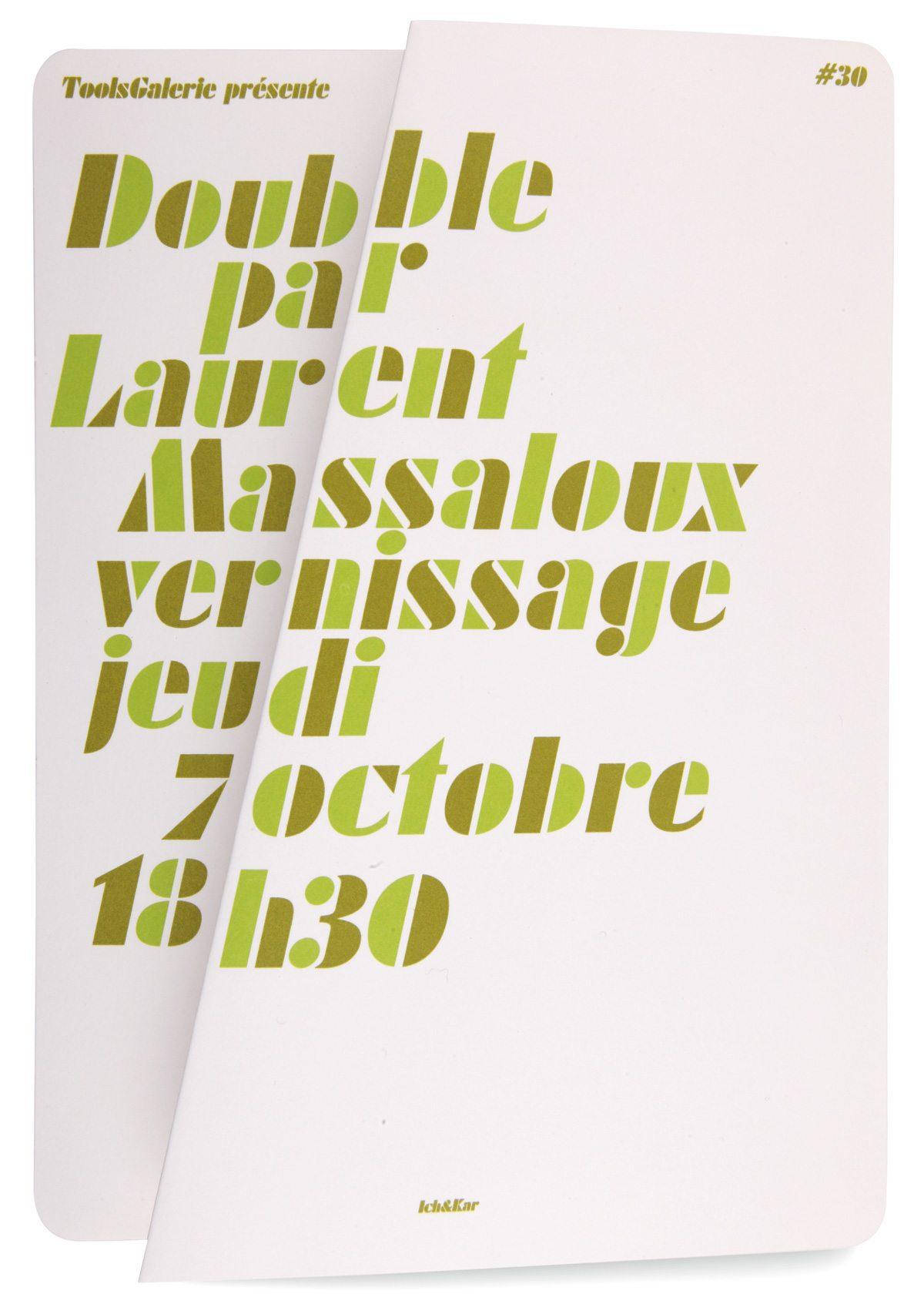 Carton d'invitation fermé pour l'exposition Double de Laurent Massaloux à la ToolsGalerie. Pliage en référence à l'ouvre, design Ichetkar