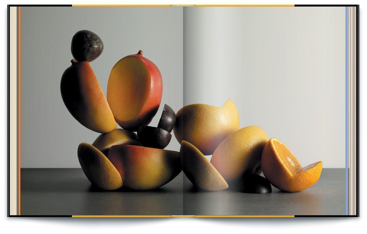 Le livre Infiniment de Pierre Hermé, photographie de Jean-Jacques Pallot, design IchetKar