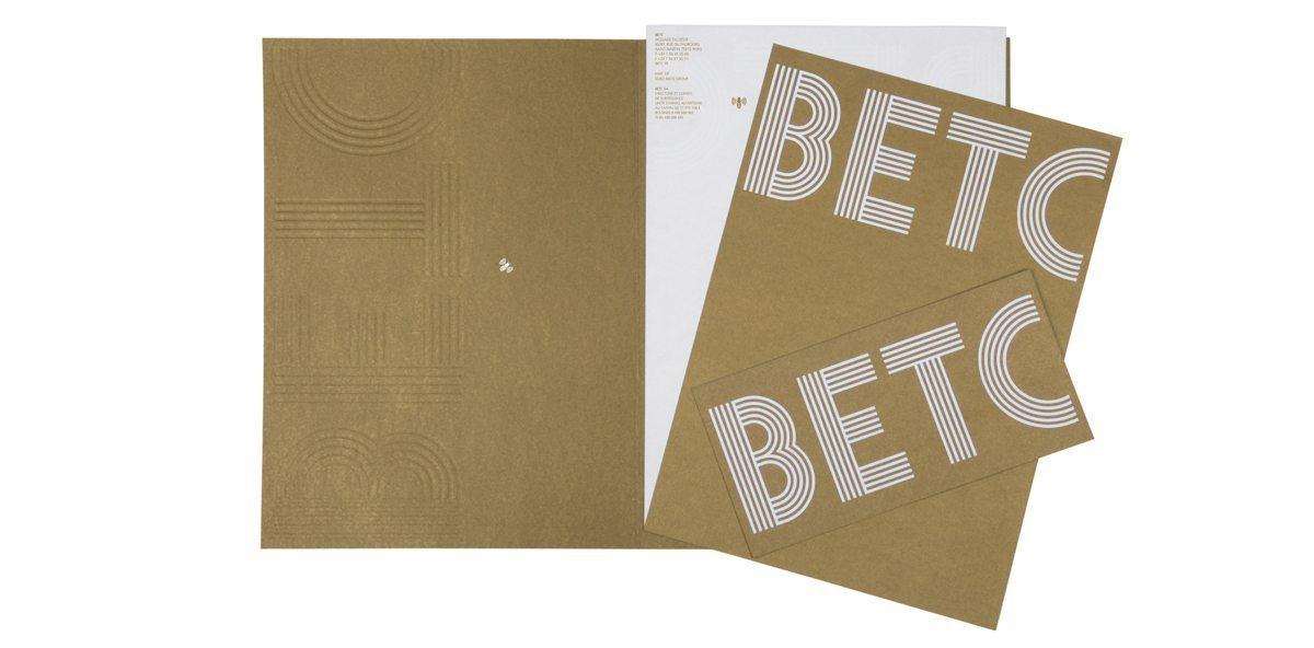 La papeterie de l'agence de publicité BETC, gaufrage et or, design IchetKar