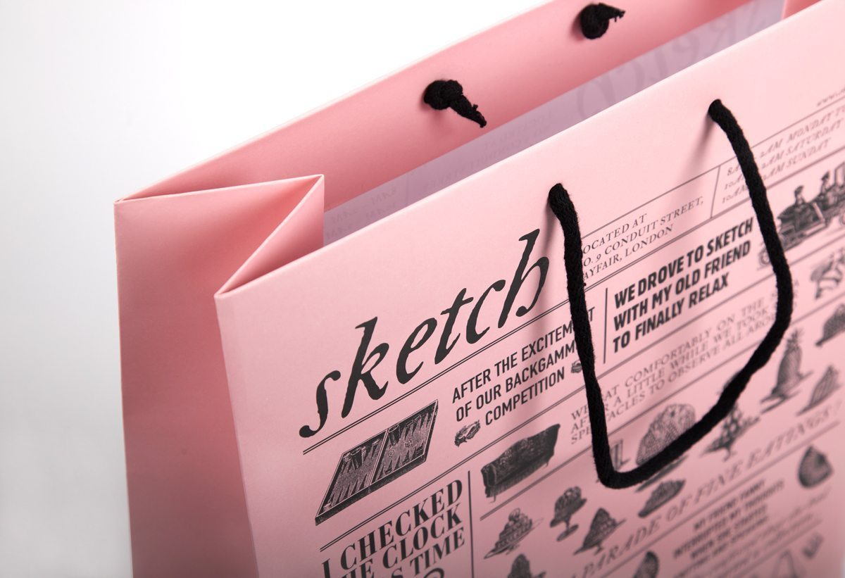 Le grand et le petit sacs roses du restaurant Sketch à Londres, design Ich&Kar
