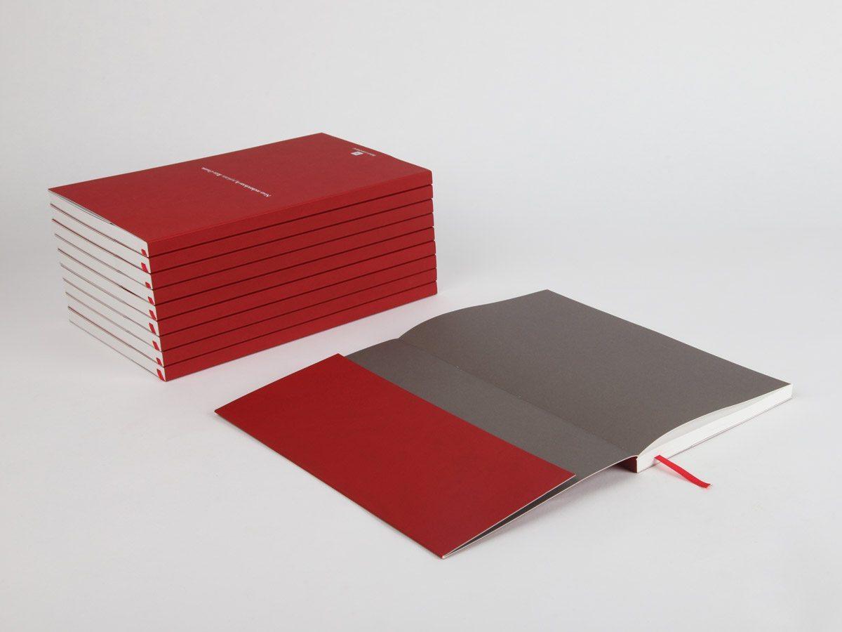 carnet sur mesure Rémy Cointreau garde grise