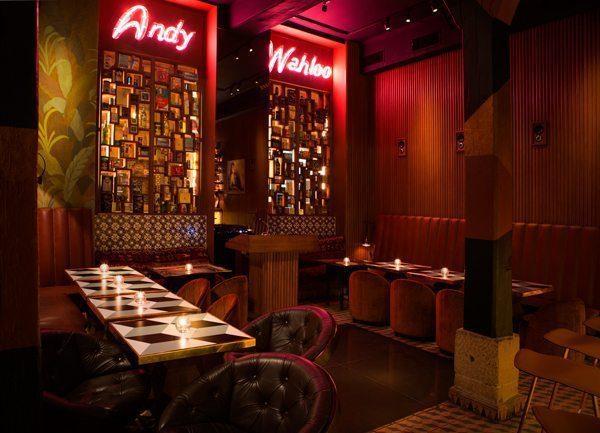 Intérieur du Bar parisen Andy Wahloo, Romain Jeantet crée une décoration intimiste, exigeante et décontractée