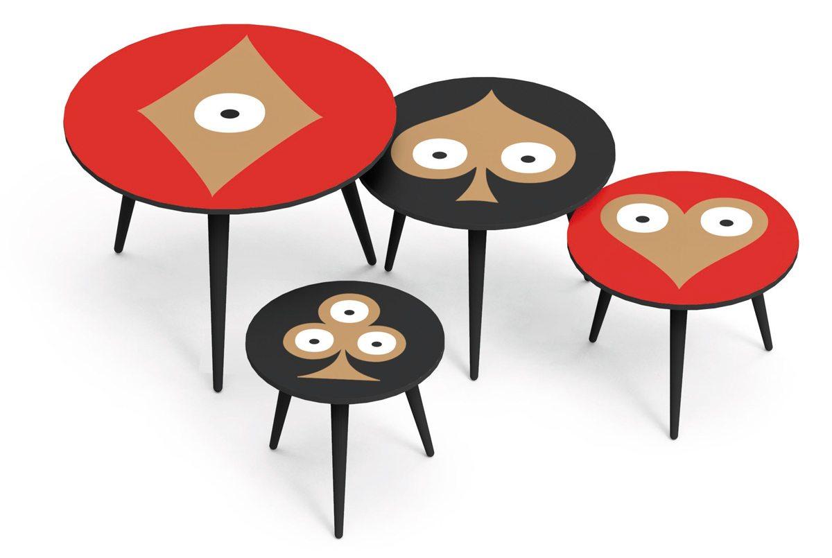 Série de quatre tables d'appoint, graphiques Pokerface. Motifs Cœur Carreau Trèfle et Pique. Créations Ich&Kar pour Bazartherapy.