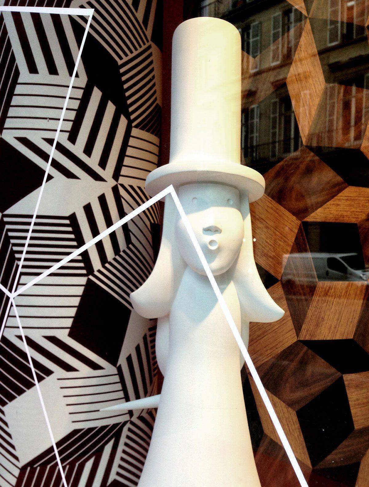 Penrose Project au 107 Rivoli, boutique du musée des arts décoratifs, fille de monsieur Chapeau d'Ich&Kar