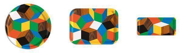 Les plateaux Penrose Play Wood, modèles Service, Round et Tea Time, design Ich&Kar édition Bazartherapy