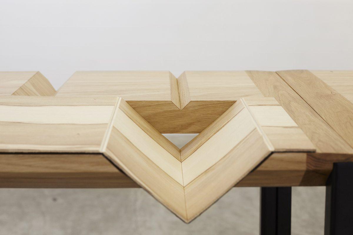 Ich&Kar guillaume buzin detail table d'exposition d'objets graphiques