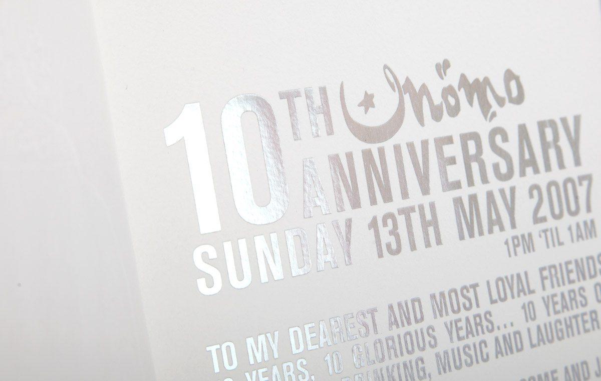 10 anniversaire momo typo argent invitation ichetkar