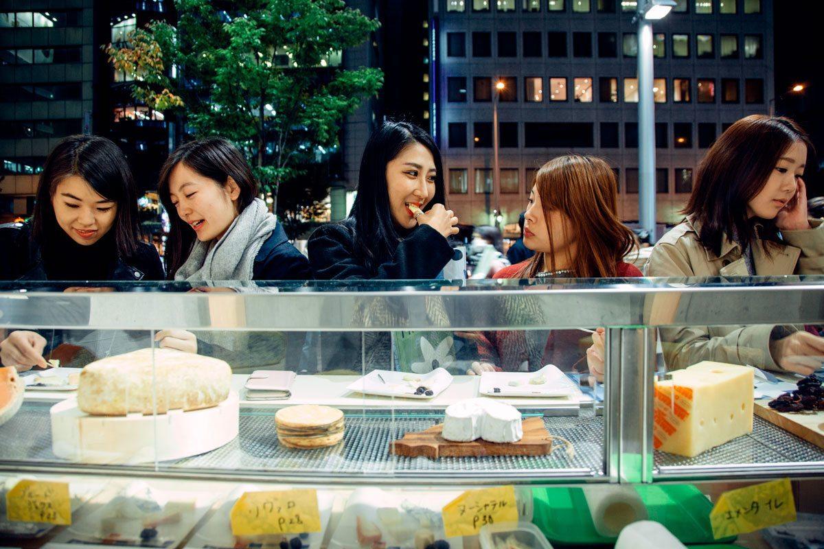 maison du fromage tokyo dégustation clients