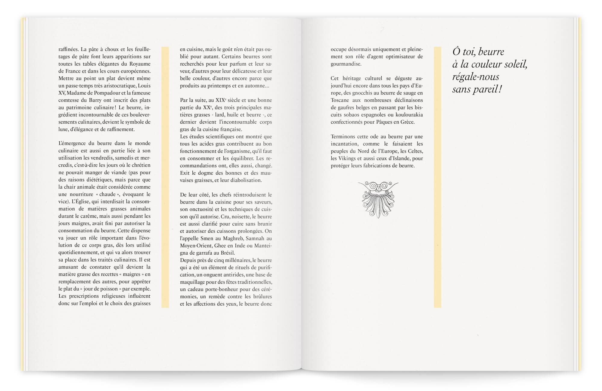 belle double page raffinée, ornée de gravures anciennes. une brochure premium dessinée par Helena Ichbiah