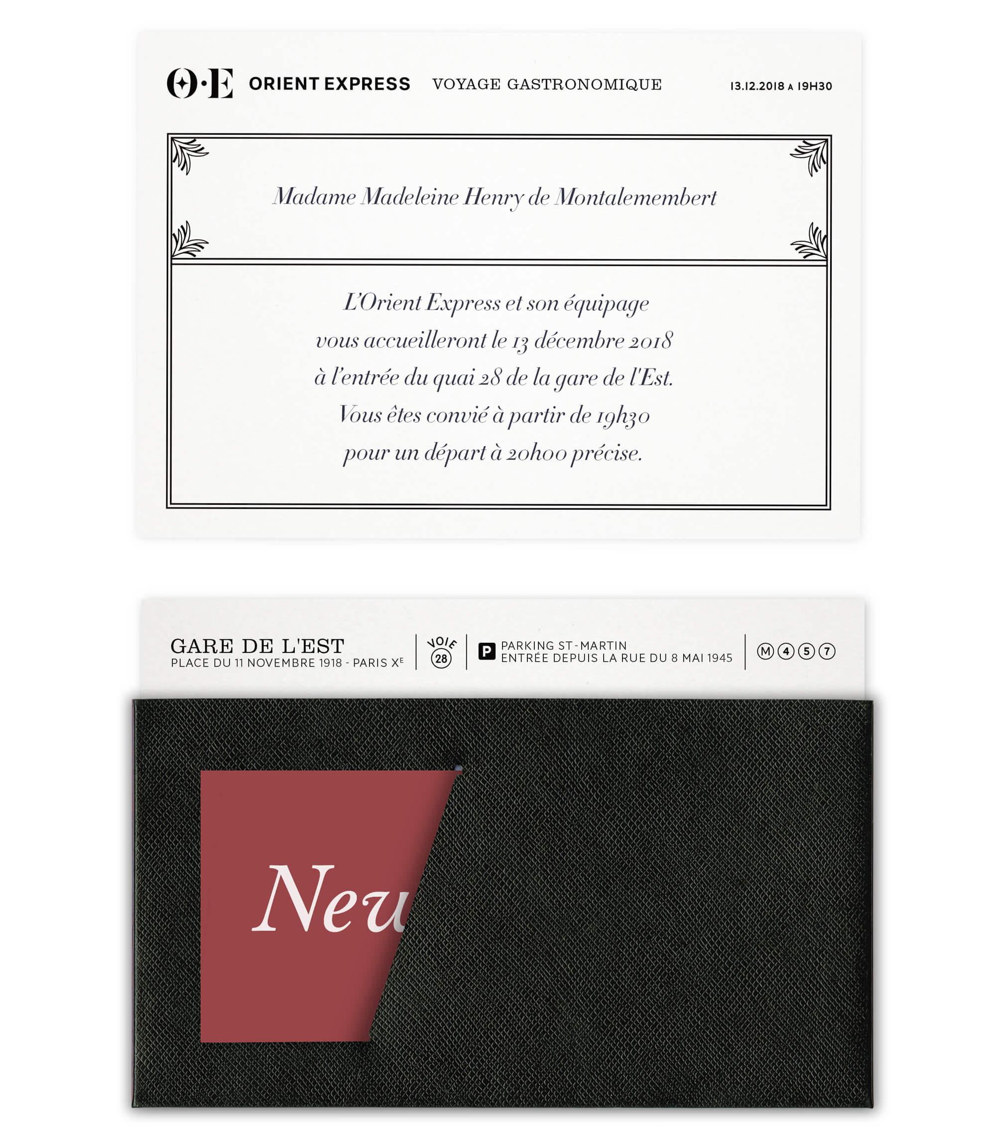 un branding événementiel Orient Express modulable pour les événements a bord du train, invitation dans sa pochette en cuir grainé et petite carte bordeaux personnalisée par le client