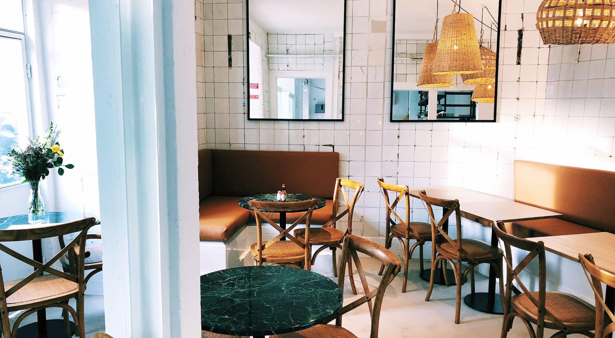 interieur du restaurant chérie paloma à lisbonne