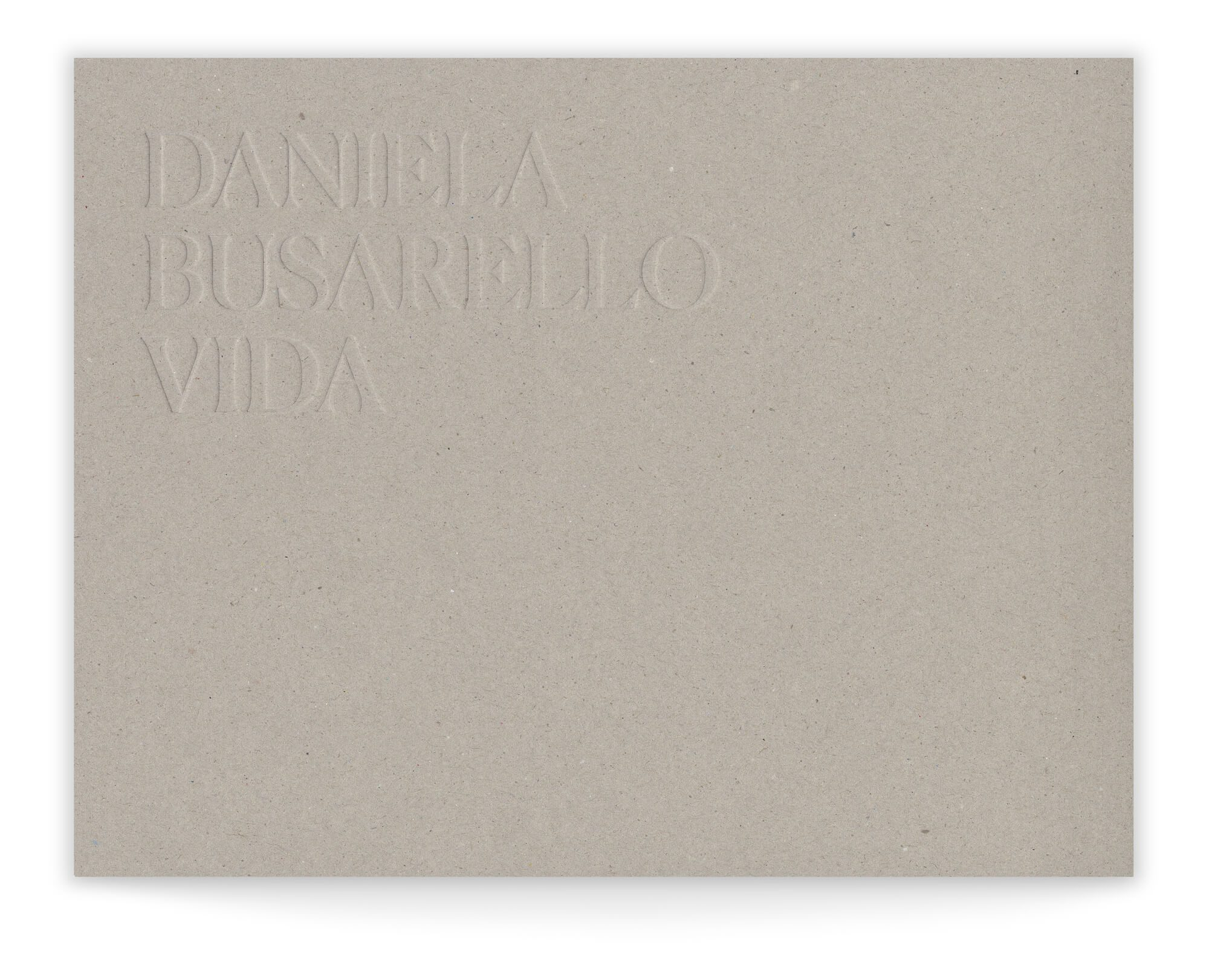 Gaufrage sur carton pour la couverture du Livre en reliure layflat de Daniela Busarello, conception graphique IchetKar