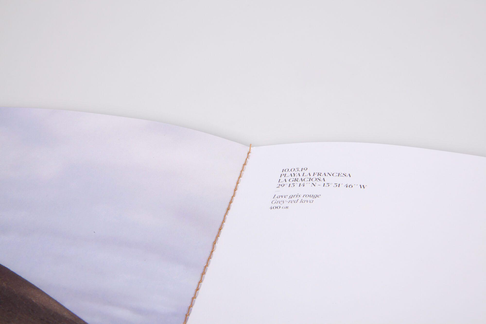 Les légendes du cahier paysage du livre d'artiste de Daniela Busarello, maquette et mise en page Ich&Kar