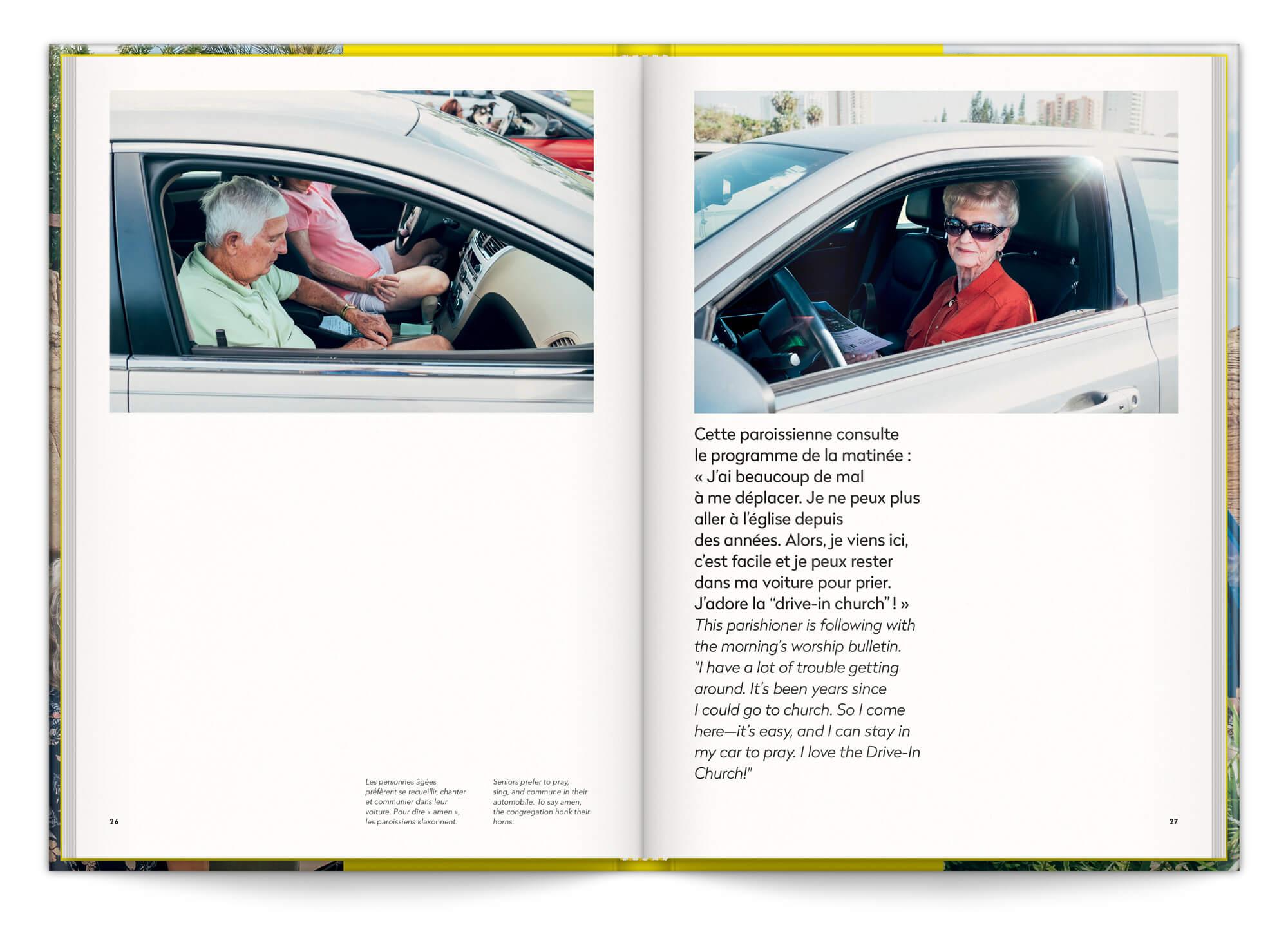 La serie Drive In du photographe Cyril Abad capture des personne dans leurs voitures en pleine messe, maquette et mise en page IchetKar