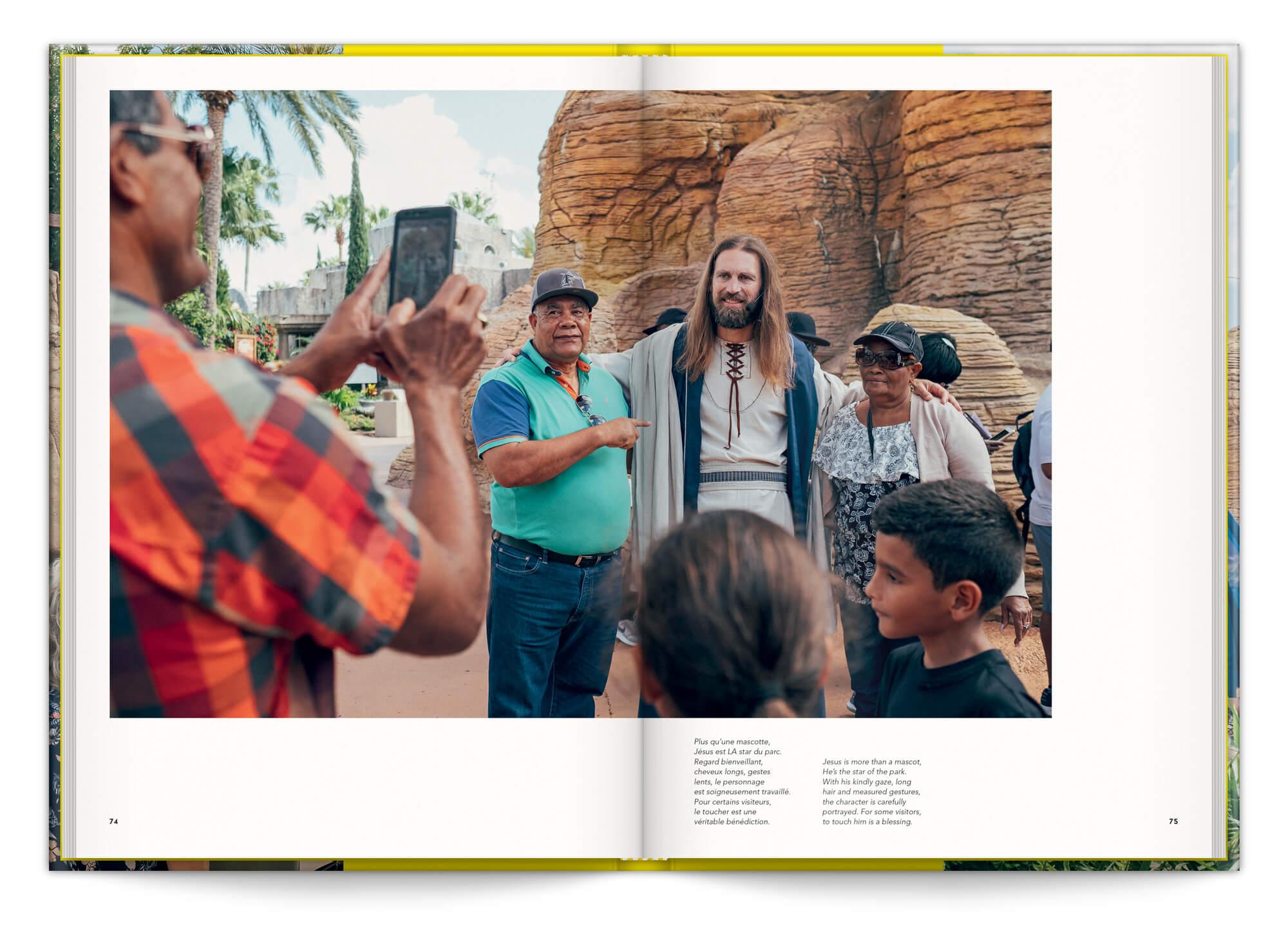 Cyril Abad photographie le parc d'attraction Holy Land, dédié a l'Ancien et Nouveau Testament, design IchetKar