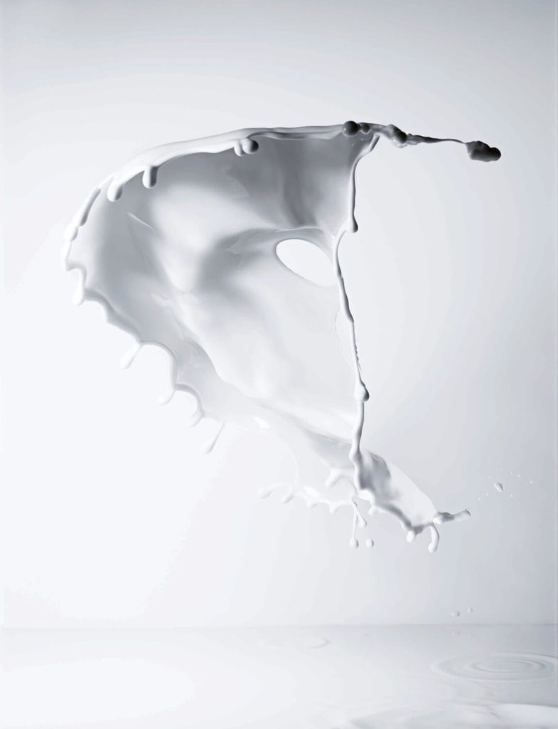 direction artistique lait par Ich&kar - photographie jean- jacque pallot